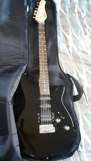 ROUGE ROCKETEER GUITAR 6 STRING for Sale in Rustburg, VA