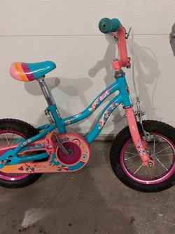 """Schwinn Duet Girls 12"""" Bike for Sale in Hubbard,  OR"""