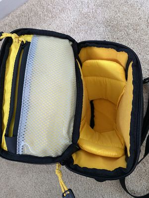 Mountainsmith Zoom camera bag for Sale in San Ramon, CA