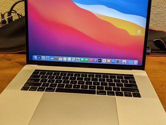 "MacBook Pro Retina 15"" 2018 Six Core i7 16gb 256gb SSD for Sale in Denver,  CO"