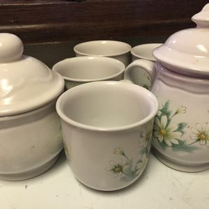 Free Set Of Tea Cups for Sale in Modesto, CA