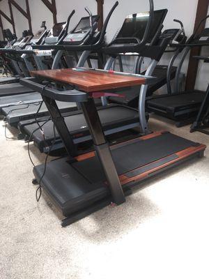Desk Treadmill for Sale in Los Angeles, CA