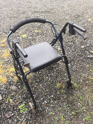 Blue Health Care walker with seat and twin brakes $15 for Sale in Lake Stevens, WA