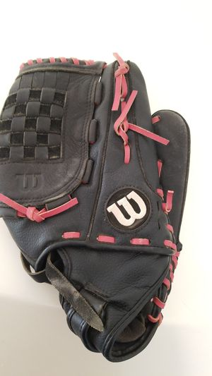 Girls wilson softball glove for Sale in Bakersfield, CA