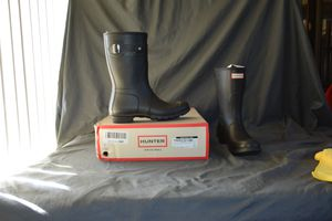 $210 HUNTER Women's Original Short Rain Boot Size 9 for Sale in North Las Vegas, NV