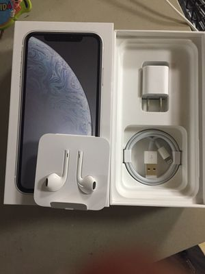 iPhone XR 64gb Unlocked Trade iPhone X or Sale for Sale in Boston, MA