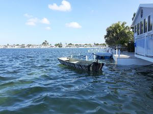 Boat for Sale in HALNDLE BCH, FL
