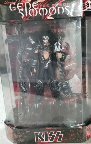 GENE SIMMONS KISS MCFARLANE STATUE VINTAGE for Sale in Miami, FL