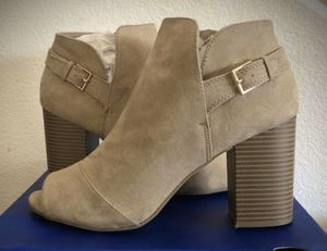 APT 9 TAN OPEN TOED BOOTIES — TAN BOOTS — WEDGE HEELED BOOTS — SIZE 10 for Sale in Tustin, CA