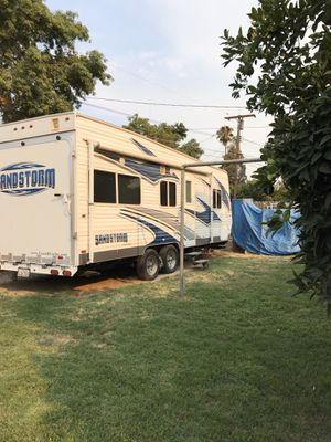 2011 Sandstorm Toy hauler for Sale in Tulare, CA