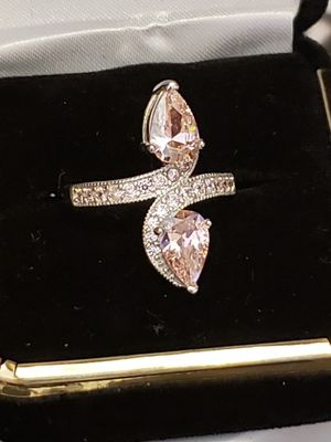 4 ct pink sapphire white topaz set in solid silver. Sz 73/4 for Sale in Meriden, CT