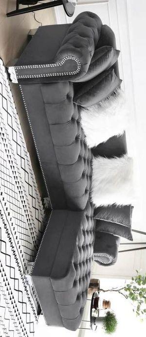 Royal velvet raf sectional sofa gray for Sale in Houston, TX