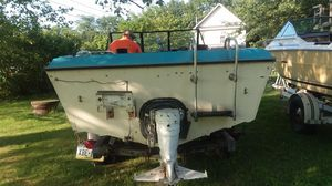 Mfg, 1987, 40 hp inboard motor comes with trailer and title for Sale in North East, PA