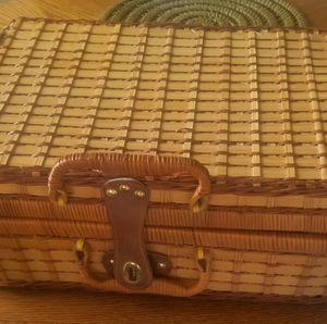 Picnic basket, new for Sale in Phoenix, AZ