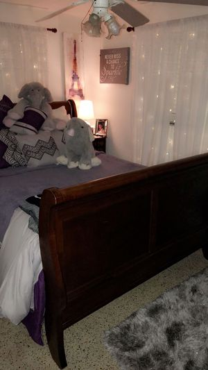 Queen Bed Frame for Sale in Tampa, FL