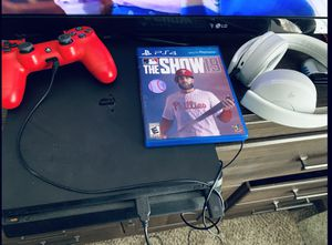 Ps4 slim with ps4 pro headset all cables and the show 19! for Sale in Newark, OH