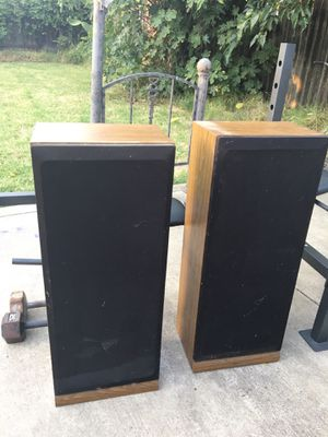 Home stereo speakers for Sale in West Sacramento, CA
