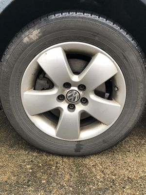 Set of 5 VW Jetta Wheels and Yokohama tires for Sale in Clackamas, OR