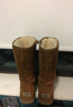 Chestnut Uggs for Sale in Boston, MA
