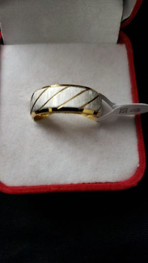 Ladies men's untrained rings mirror polished ring engagement high quality ring size 10 for Sale in Moreno Valley, CA