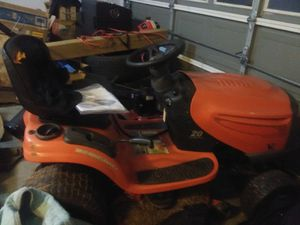 Ariens 42in hydro static mower (not running please read) for Sale in Winder, GA