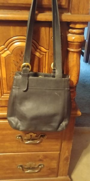Coach purse, black for Sale in McKees Rocks, PA