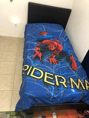 FULL Spider-Man bedroom set for Sale in Apple Valley, CA