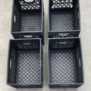 """4pcs of Rectangular Vintage Heavy Duty Milk Crate, Storage Carrier Container, 18.75""""L x 13""""W x 10.5""""H for Sale in Beverly Hills, CA"""