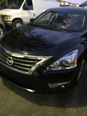 2014 nissan altima for Sale in St Louis, MO