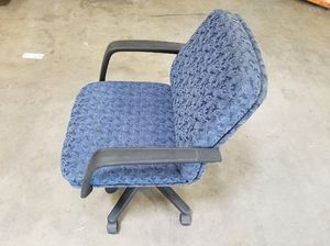 Blue office chair with black armrests for Sale in Glen Burnie, MD