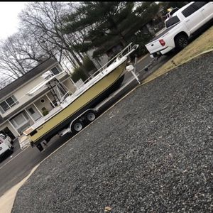 23 Mako Center Console for Sale in Toms River, NJ