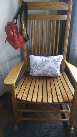 Rocking chair for Sale in Columbus, OH