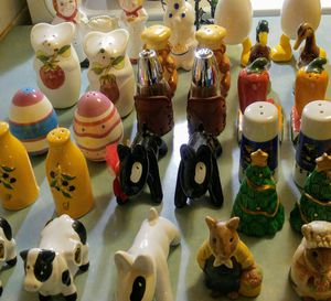 Collectible salt&pepper shaker sets,all together for $50.00 for Sale in Austin, TX