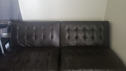 Brown Leather Futon no tears or scratches for Sale in Tacoma,  WA