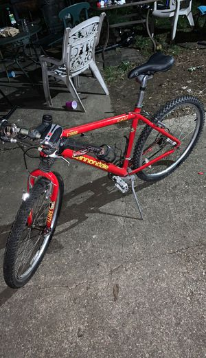 "Cannondale headshok 24 speed red f700 mountain bike 19"" frame 28 lbs for Sale in Temple Hills, MD"