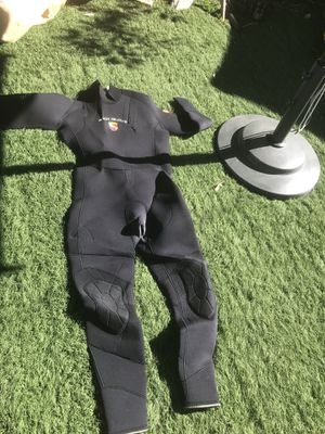 Scuba suit for Sale in Los Angeles, CA