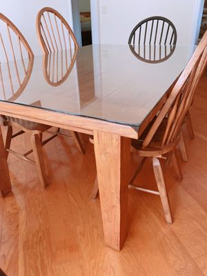Solid Oak Dining Table and Chairs for Sale in Lakeland, FL