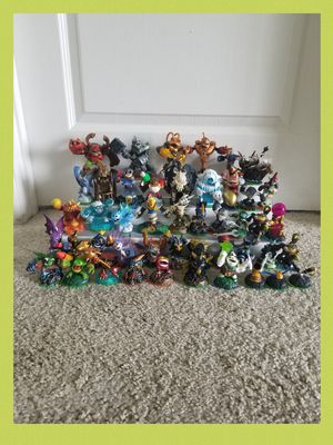 Lot of 49 Great Skylanders in Great - Excellent condition - like new. for Sale in Sanford, FL