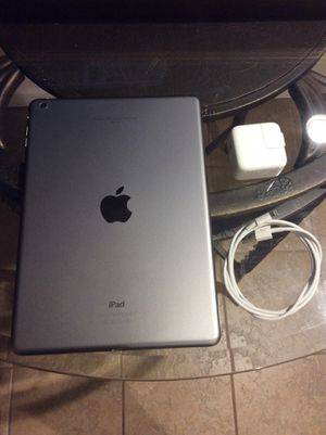 iPad Air 1st Generation 16GB for Sale in Queens, NY