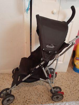 Kolcraft Stroller for Sale in Miami, FL
