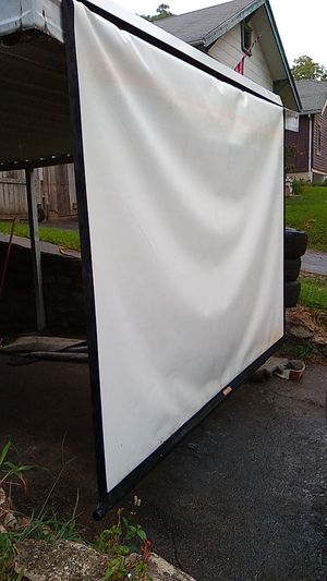 Large projector screen da-lite model c for Sale in Kansas City, MO