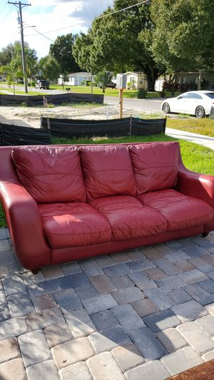 Cindy Crawford Collection Leather Couch for Sale in Tampa, FL