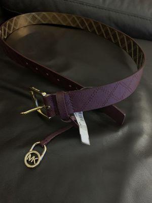 Michael Kors burgundy size L belt for Sale in Pompano Beach, FL