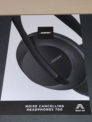 Bose Noise Cancelling Headphones 700 black for Sale in Orlando, FL