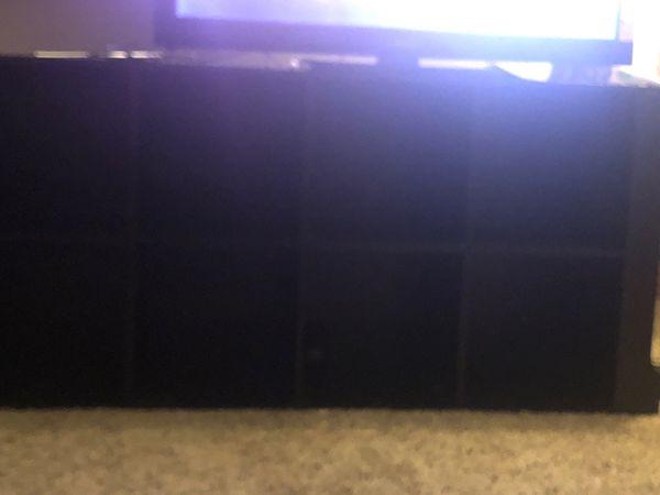 8 Cubby shelf
