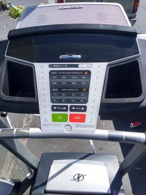 Treadmill Nordictrack good condition for Sale in La Puente, CA
