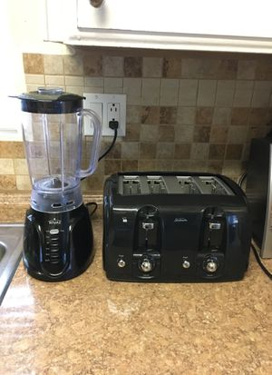 Toaster and Blender for Sale in Hemet, CA