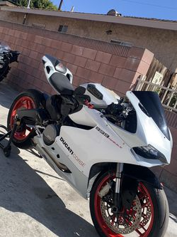 2014 Ducati Panigale 899 for Sale in Los Angeles,  CA