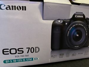 Canon DSLR 70D for Sale in Las Vegas, NV