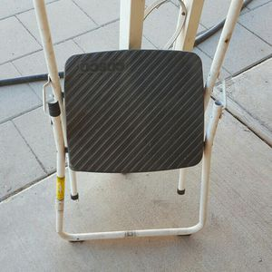 """Cosco 26"""" ladder Good Condition for Sale in Glendale, AZ"""